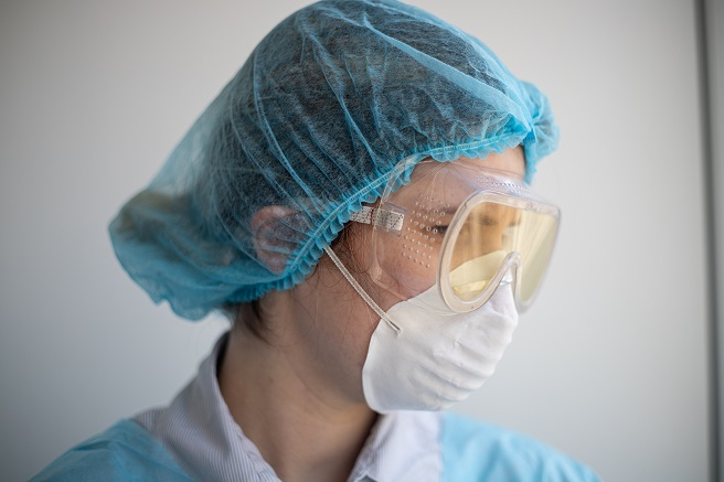 healthcare worker wearing Personal Protective Equipment